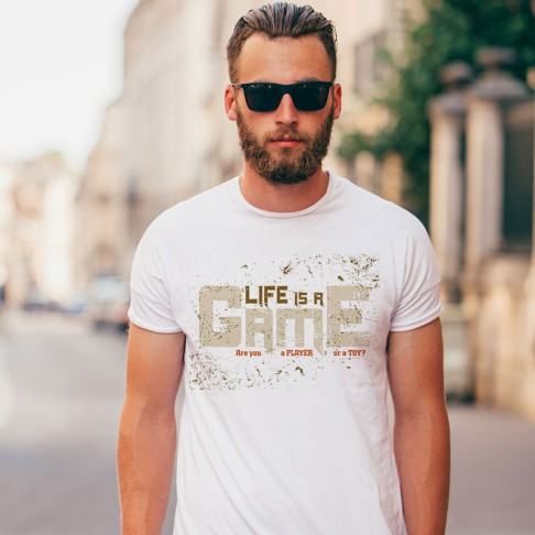 Tricou - Life is a game!